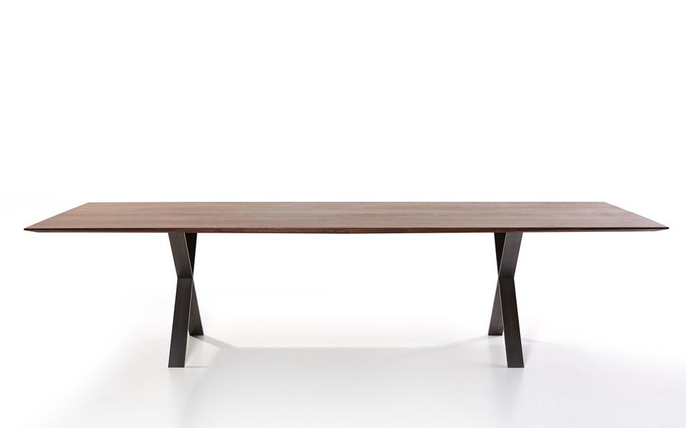 Esstisch designermöbel  LAX Tisch — more
